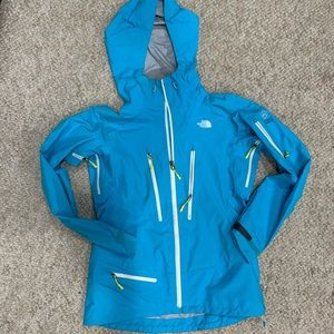The North Face Gore Tex Pro Shell